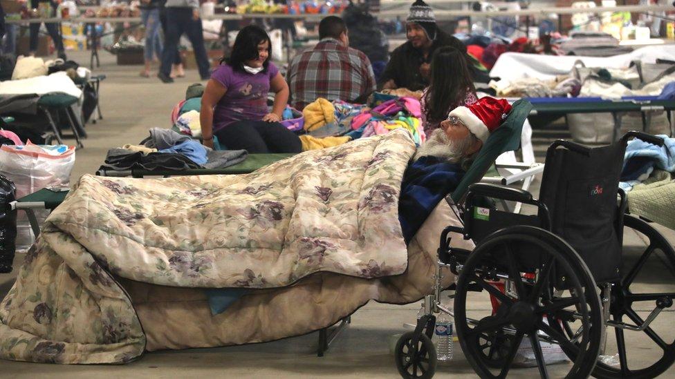 Las personas que se vieron obligadas a desalojar sus hogares esperan poder regresar pronto a sus casas.