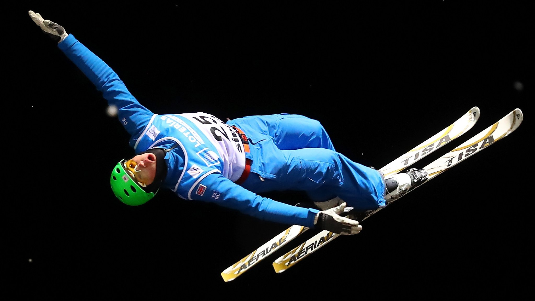 GB aerial skier Wallace suffers 'severe' head injury in training crash