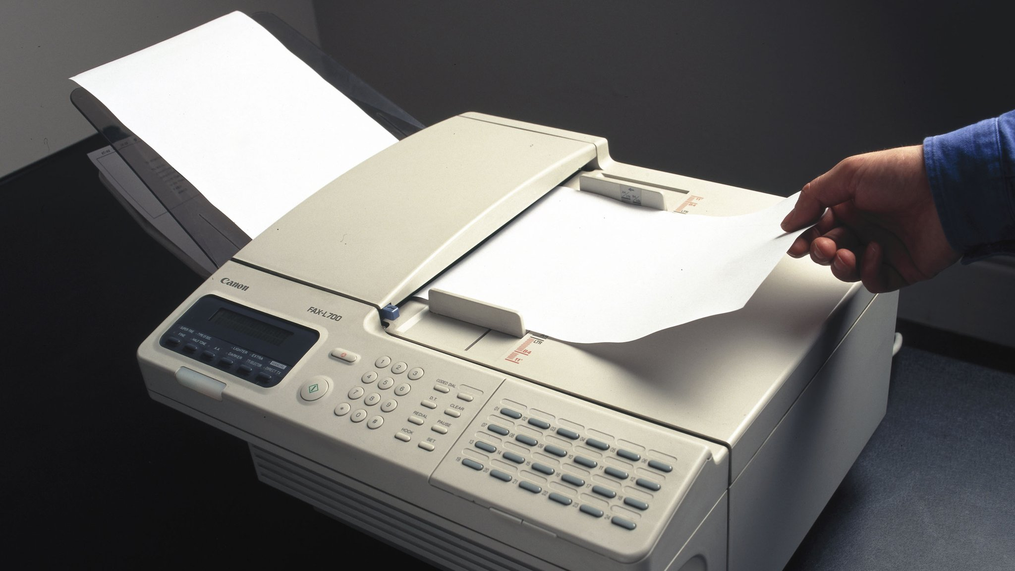 Malicious faxes leave firms 'open' to cyber-attack