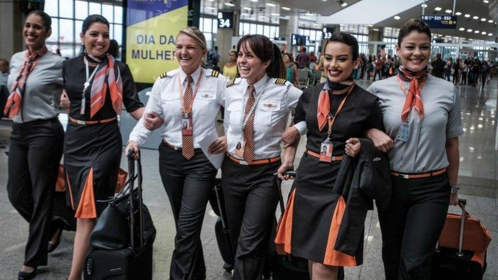 Una tripulación conformada solo por mujeres operó un vuelo de la aerolínea brasileña GOL.