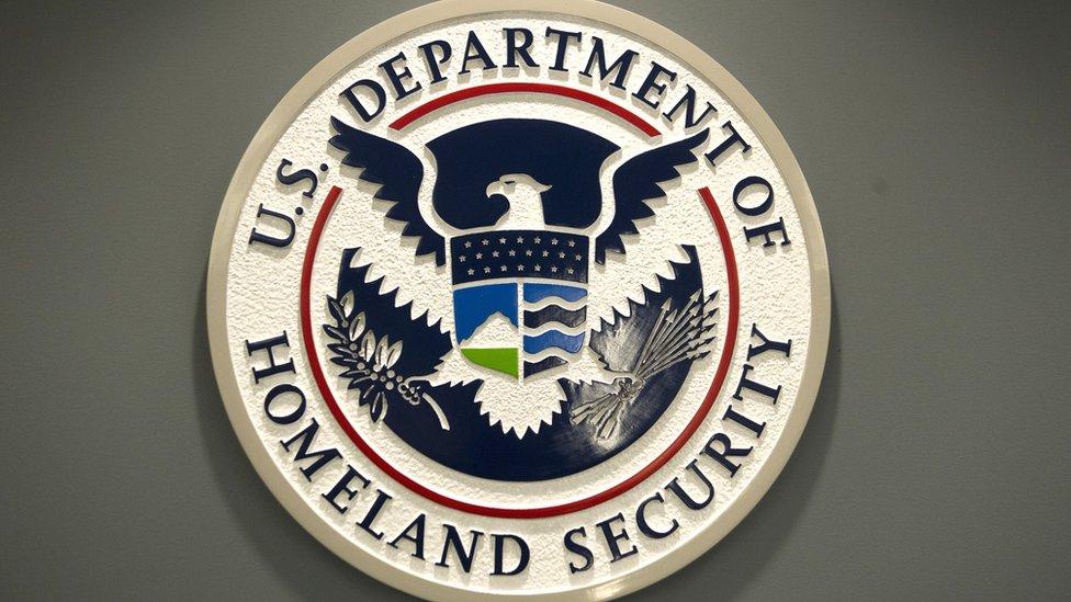 US border authority seeks travellers' social media details