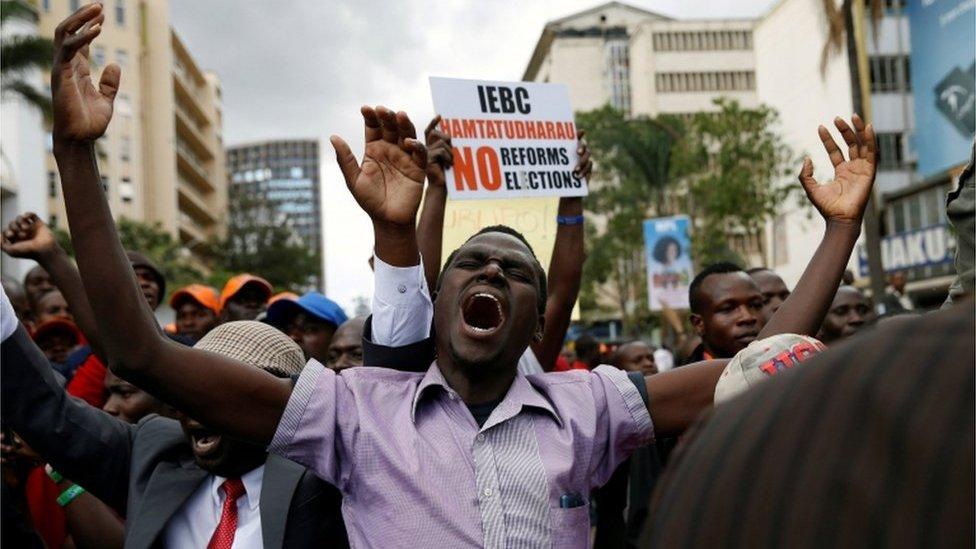 Kenya election: Poll body delays re-run by nine days