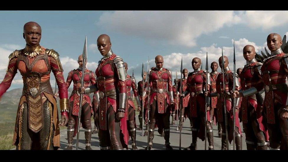 Le film de super héros Black Panther est un phénomène mondial.