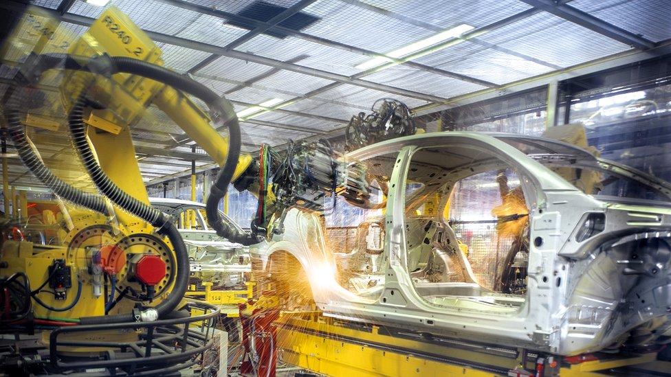 Robots en la industria automotriz