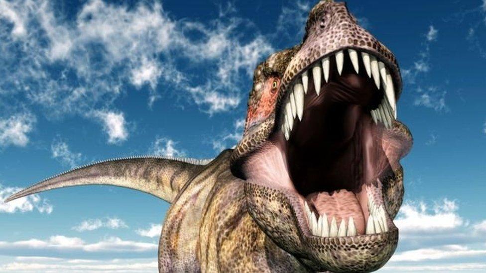 Вчені: динозаври почали вимирати ще до падіння астероїда