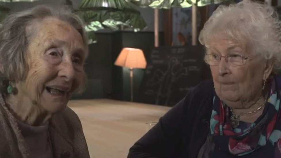World War Two Welshpool school friends reunited