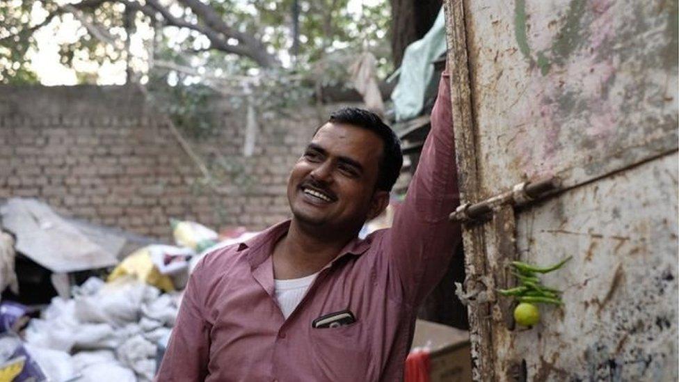 انڈیا کے ماڈرن کباڑیے: جو کچرے سے پیسے کمانے کا ہنر جانتے ہیں