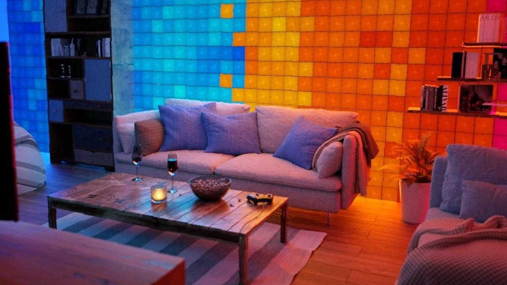 Ifa 2018: Glowing wall tiles respond to strokes
