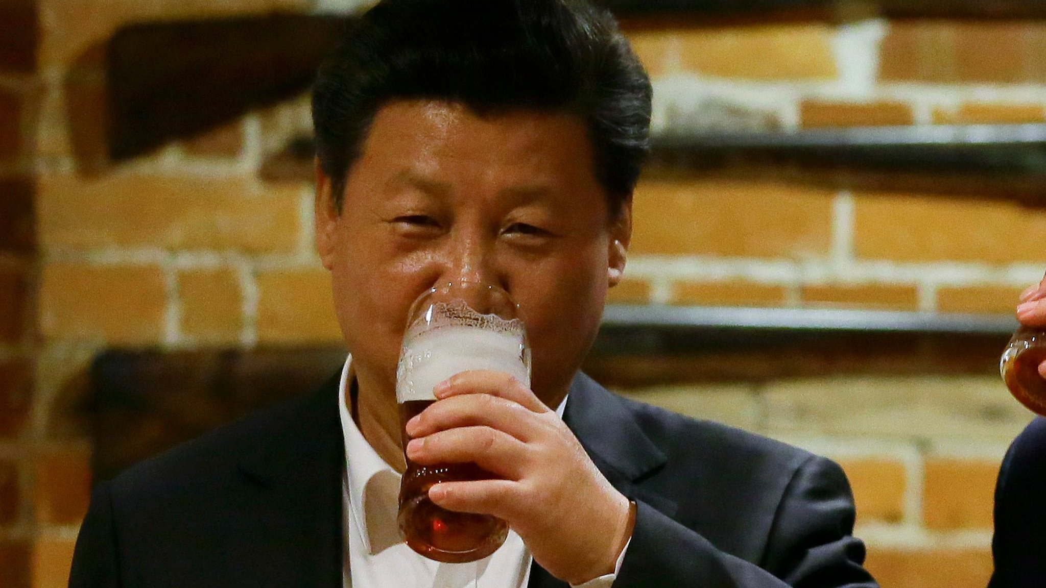 政治变化影响消费:习酒,云烟和小熊猫