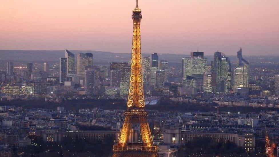 Мер Парижа висміяла слова Трампа про її місто