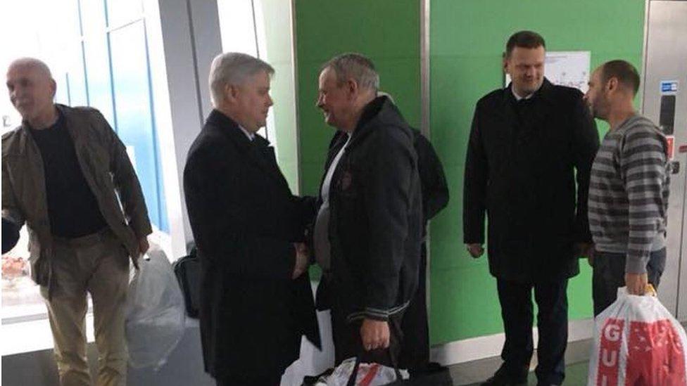 Звільнені з лівійського полону українці повернулися додому