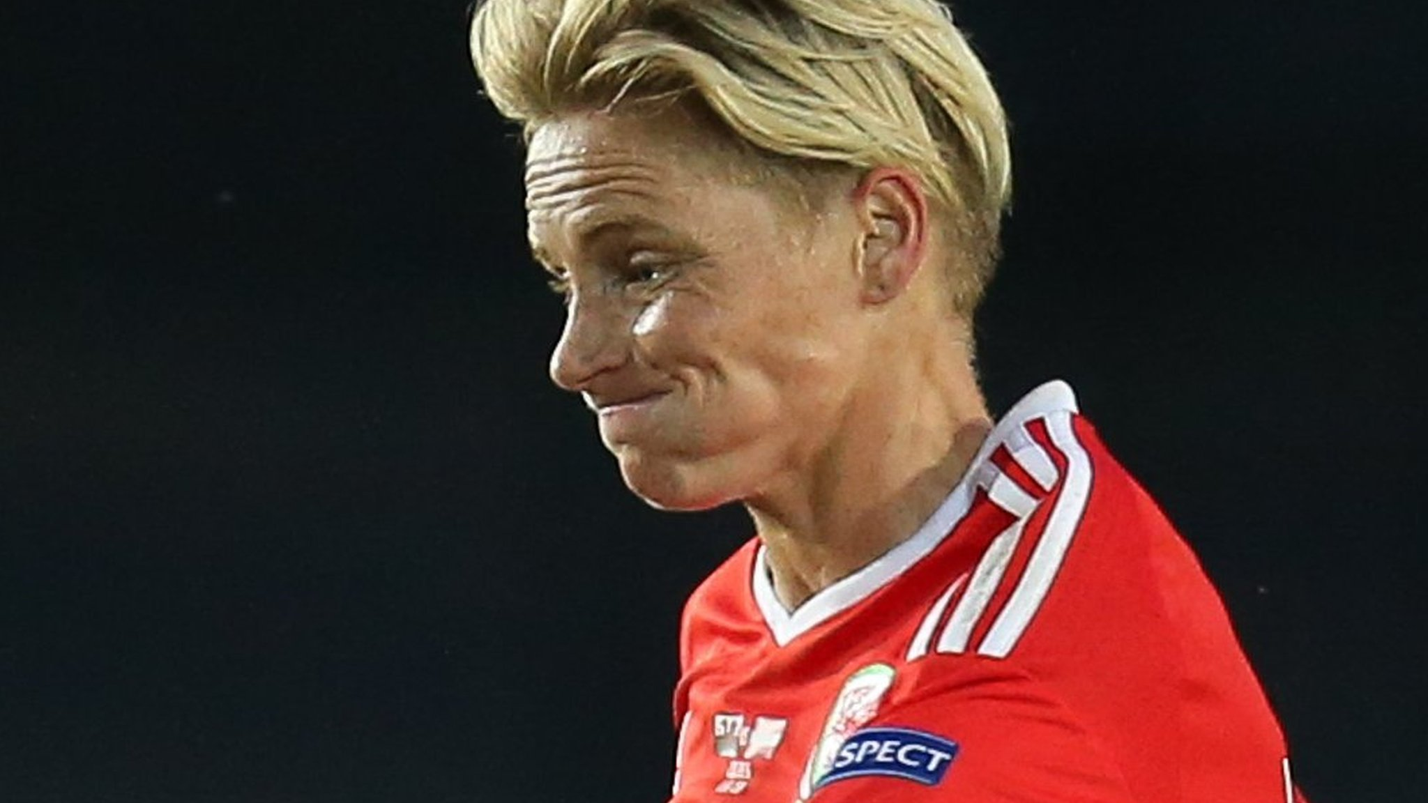 Fishlock scores on 100th appearance as Wales beat Northern Ireland