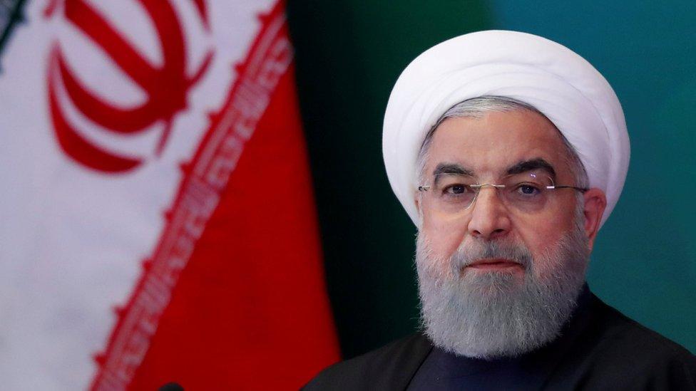 روحاني: ایران د بندیزونو له کبله تر بېساري فشار لاندې دی