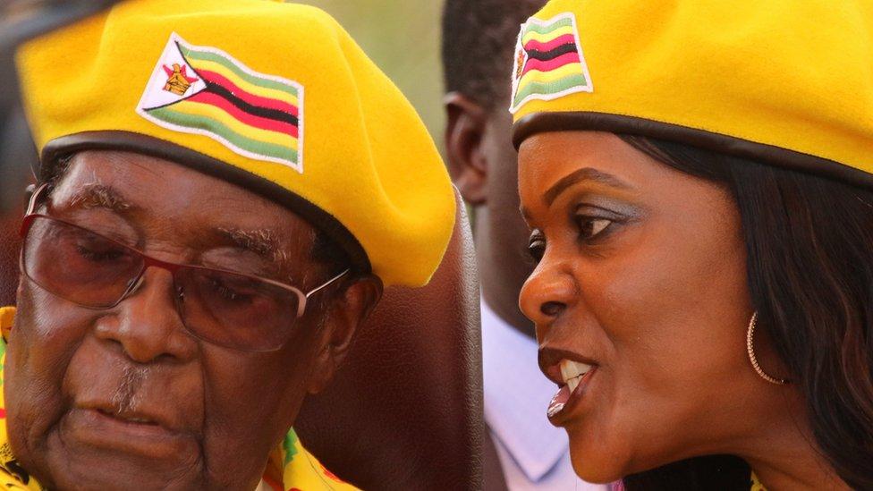 موغابي 93 عاما وزوجته غريس