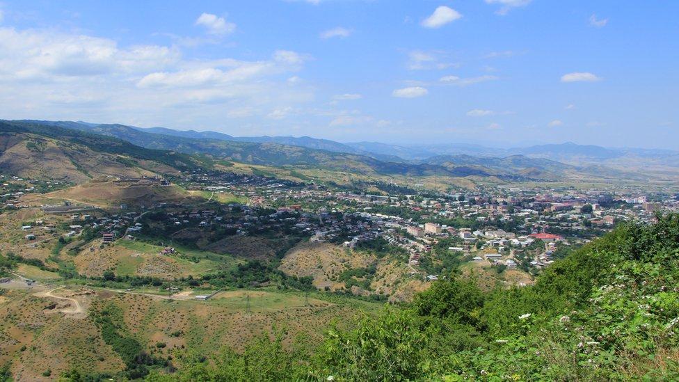Баку и Ереван сообщили о столкновениях и потерях в Нагорном Карабахе