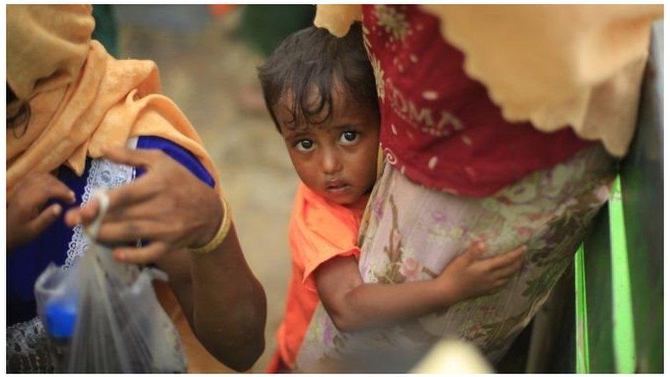 За місяць у М'янмі були вбиті тисячі рохінджа -