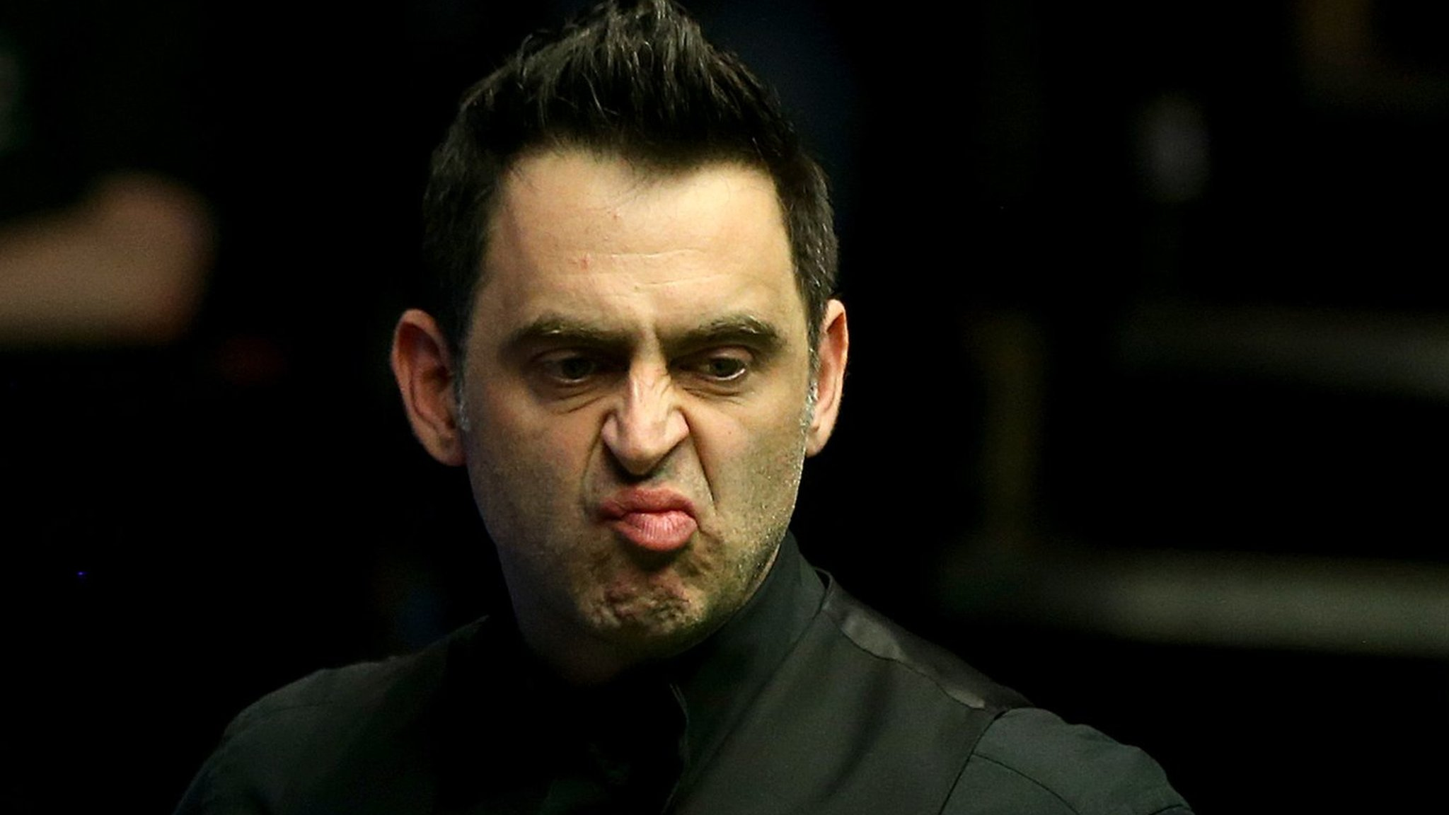 O'Sullivan allowed to wear trainers in English Open