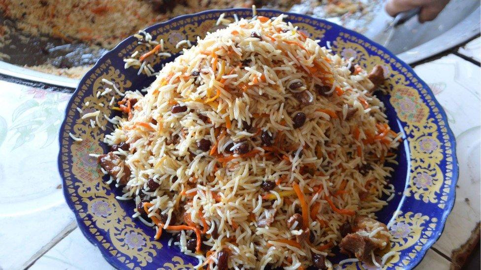 سفرههای گرم و رنگین غذاهای افغانی در اسلامآباد