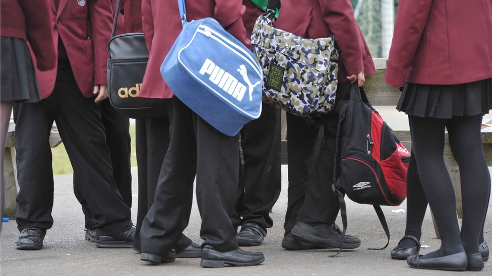 Private schools plan 10,000 free places for low-income pupils