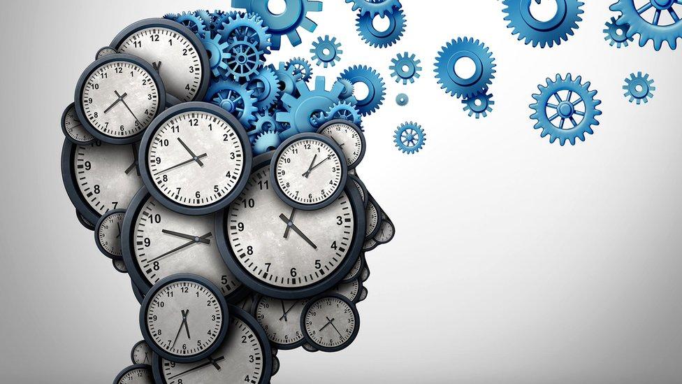 La mente humana y el tiempo