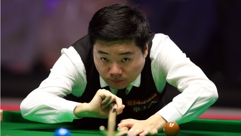 World Grand Prix: Ding Junhui to face Ronnie OSullivan in final