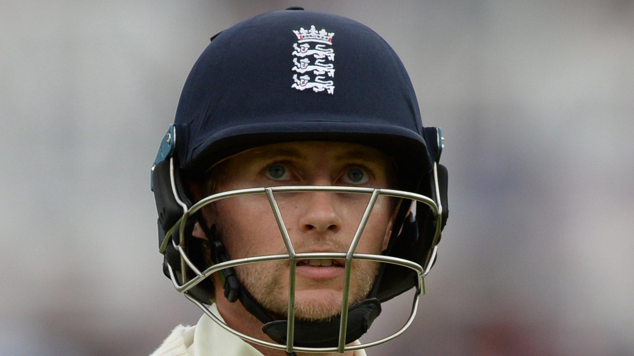 England v India: Michael Vaughan criticises 'fragility' of hosts' batting
