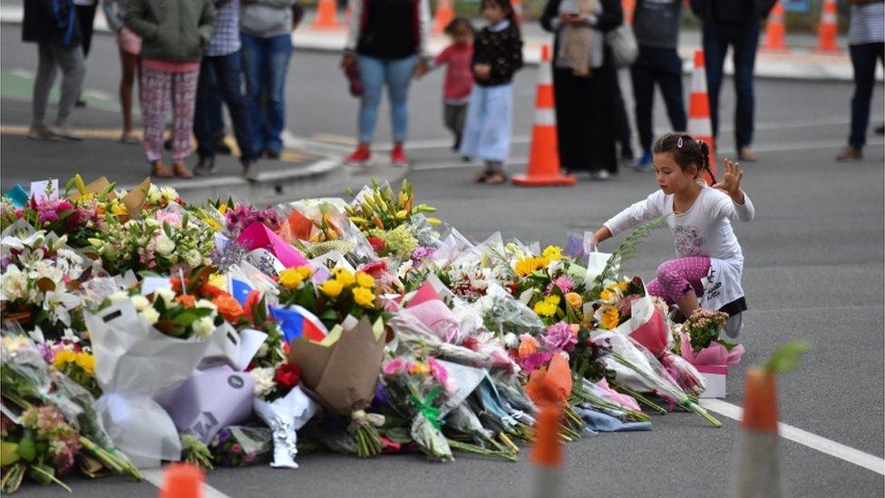 کرائسٹ چرچ حملے: مساجد میں ہونے والے حملوں پر بعض انڈین جشن کیوں منا رہے ہیں؟
