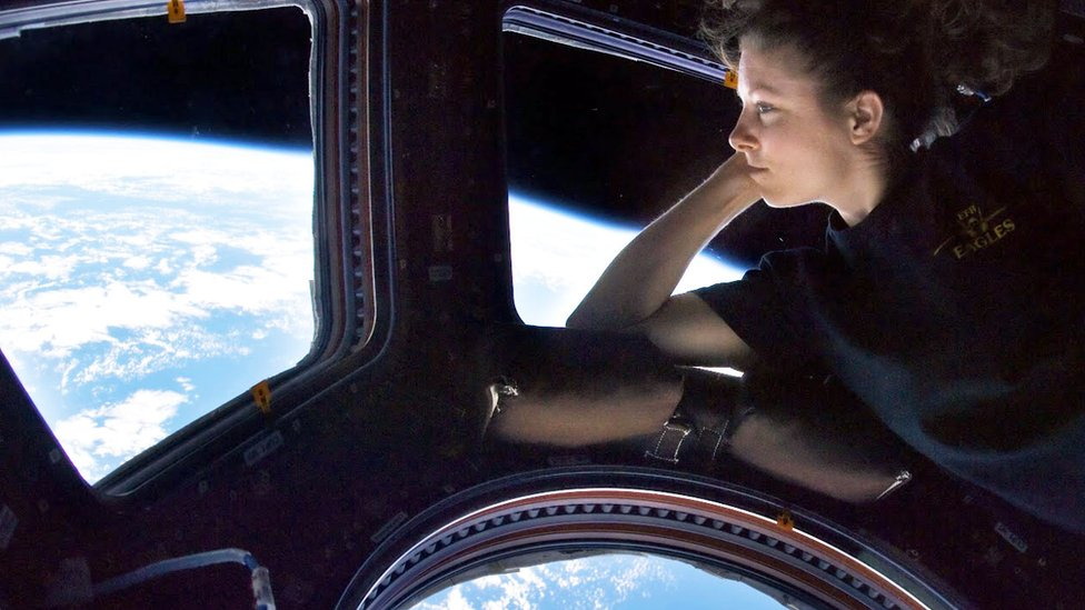 day in the life of an astronaut in space - photo #20