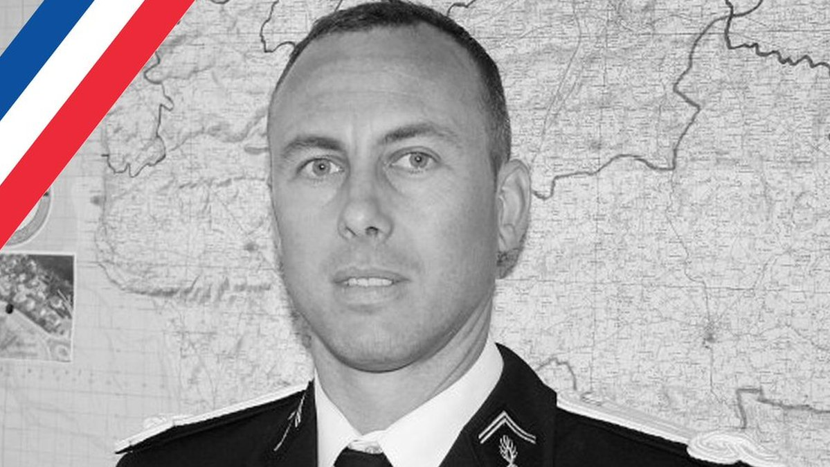 French police 'hero' dies of wounds