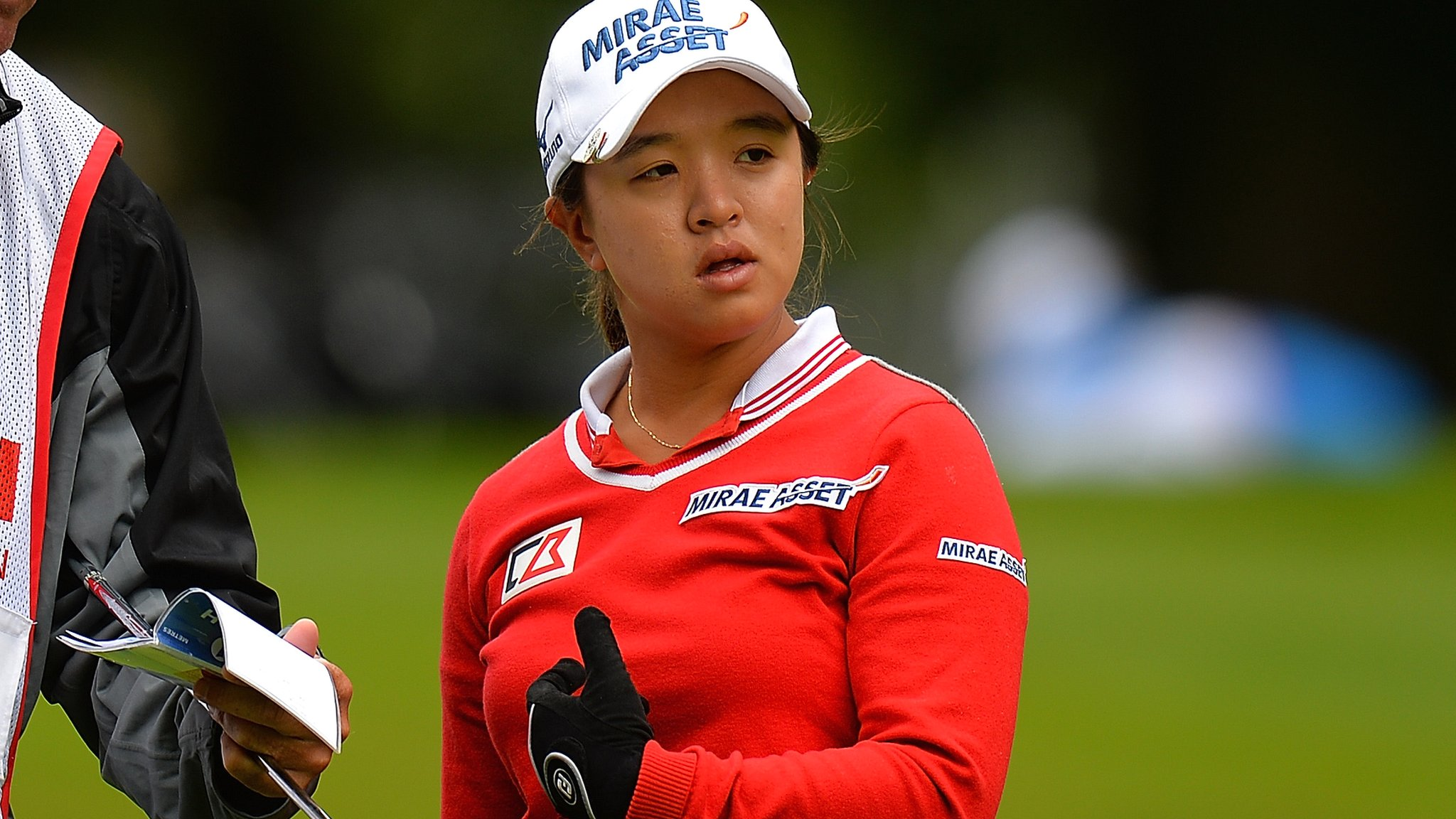 Watch: Kim holes with incredible approach at Women's British Open