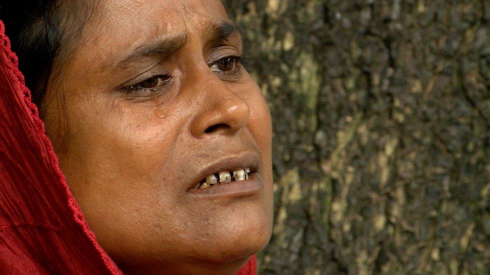 """বাংলাদেশে কোটা আন্দোলনের নেতা রাশেদ খানের মা: """"আমার মনির আর চাকরির দরকার নাই"""""""