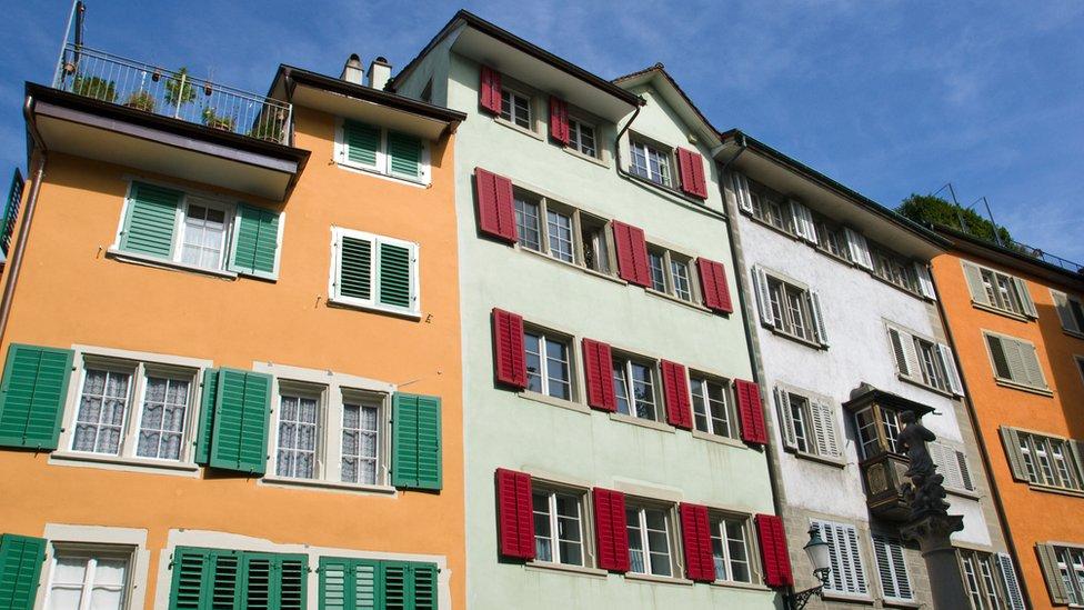 Suiza es el segundo país con mayores ingresos en Europa, después de Luxemburgo.