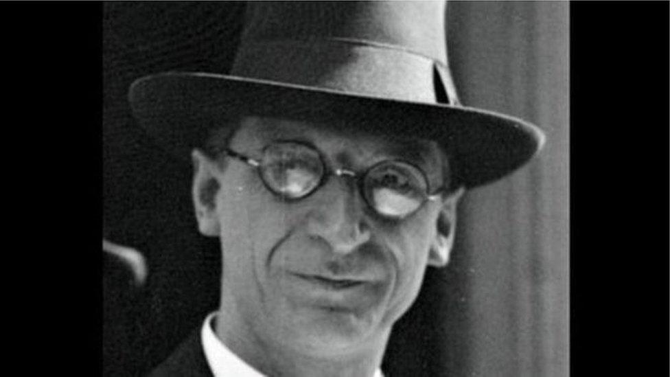 Famous Irishmen subject of Westminster Wiki editing spree