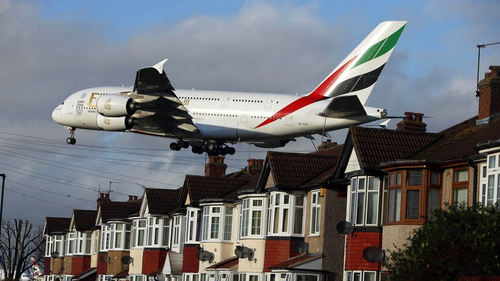 Business groups write to PM urging Heathrow expansion