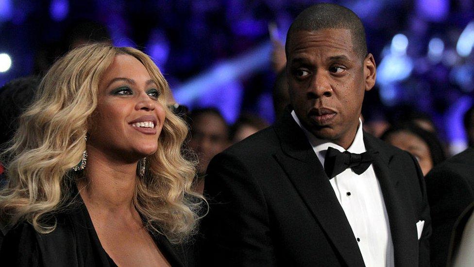 Beyonce y Jay-Z en una gala.