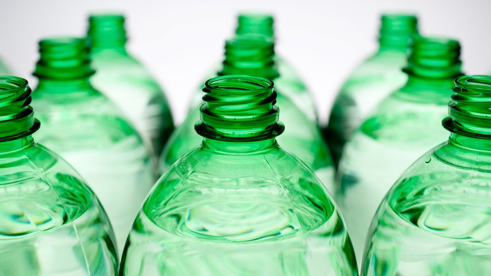 Waste plan floats bottle deposit scheme