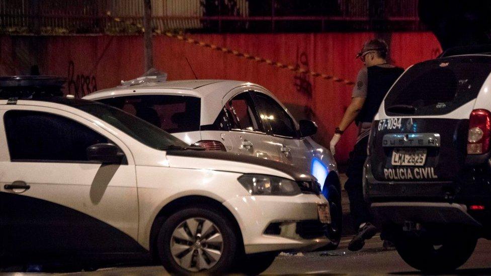 Imagen del auto baleado de Marielle Franco.
