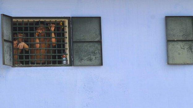 Lũ Thanh Hóa: 700 tù nhân 'cô lập nhưng an toàn'