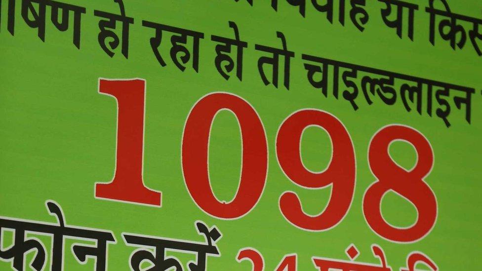 Numero de atención telefónica 1098 (Foto: Peter Leng / Neha Sharma)