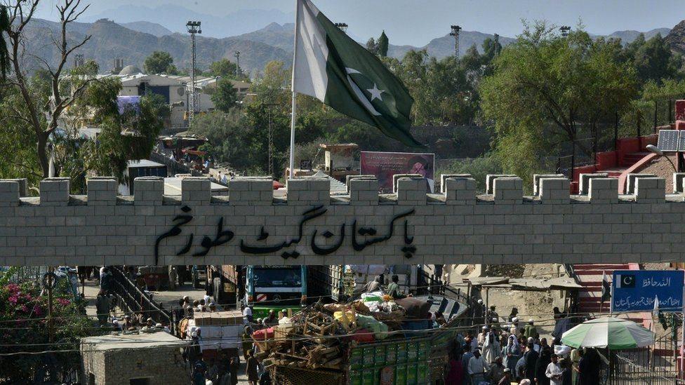 ایا پاکستان پر ډيورنډ کرښه د اغزن تار لګولو واک لري؟