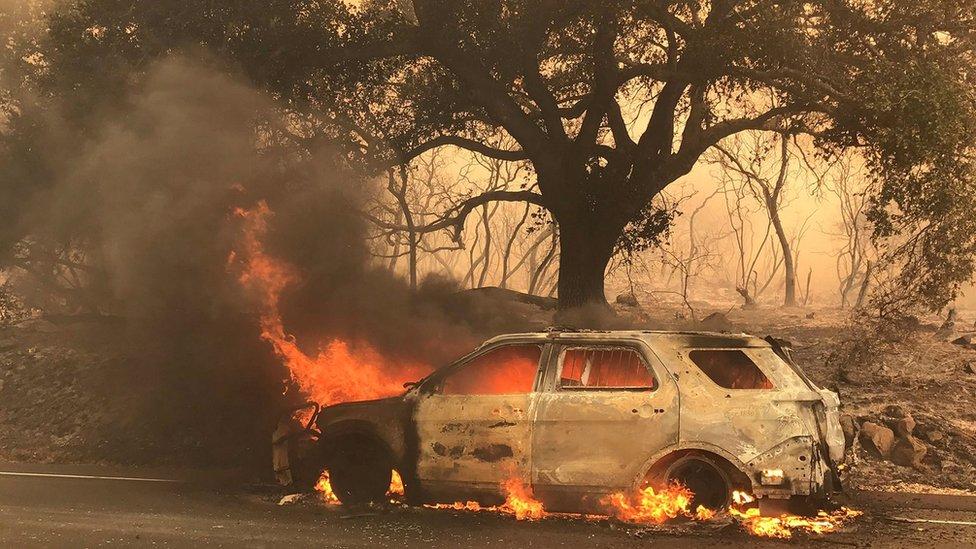 Cientos de personas se vieron obligadas a abandonar sus casas este fin de semana en la localidad de Santa Bárbara.