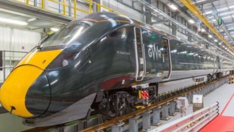 Fault delays new high-speed train's first journey from Bristol to London