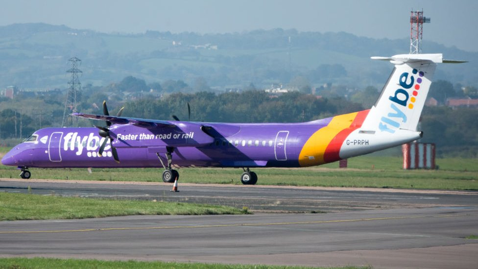 Flybe signs Virgin deal despite criticism