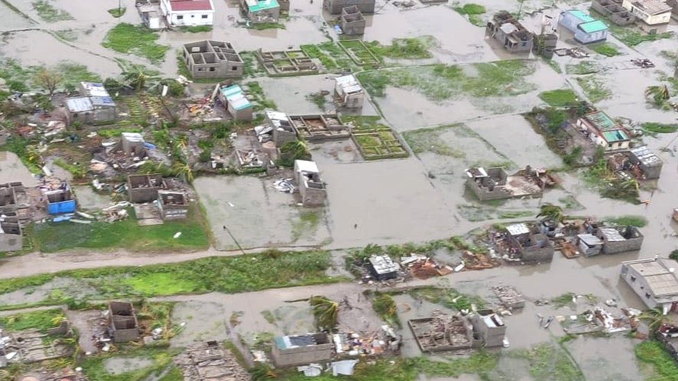 Cyclone Idai: 'Massive and horrifying damage' in Mozambique