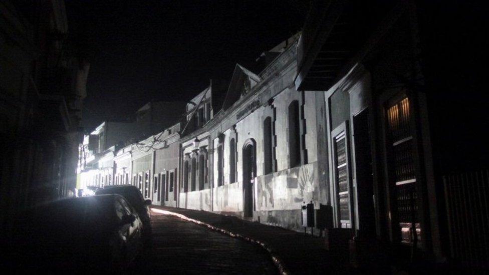 Casas sin luz en Puerto Rico