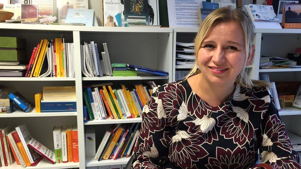 La directora, Caroline Treier, cree que para hacer frente a las demandas del futuro el sistema educativo necesita más flexibilidad.