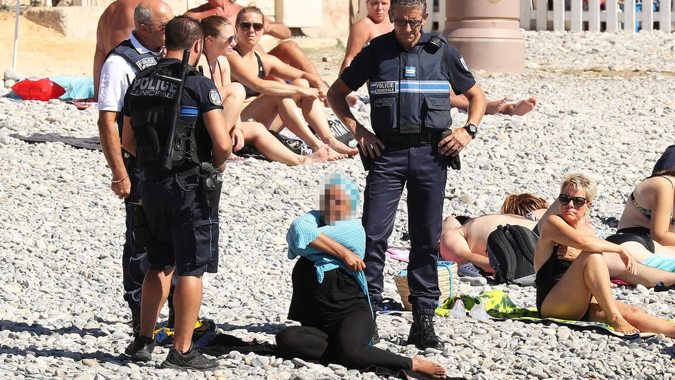 France 'burkini ban': Court to rule on beach fines