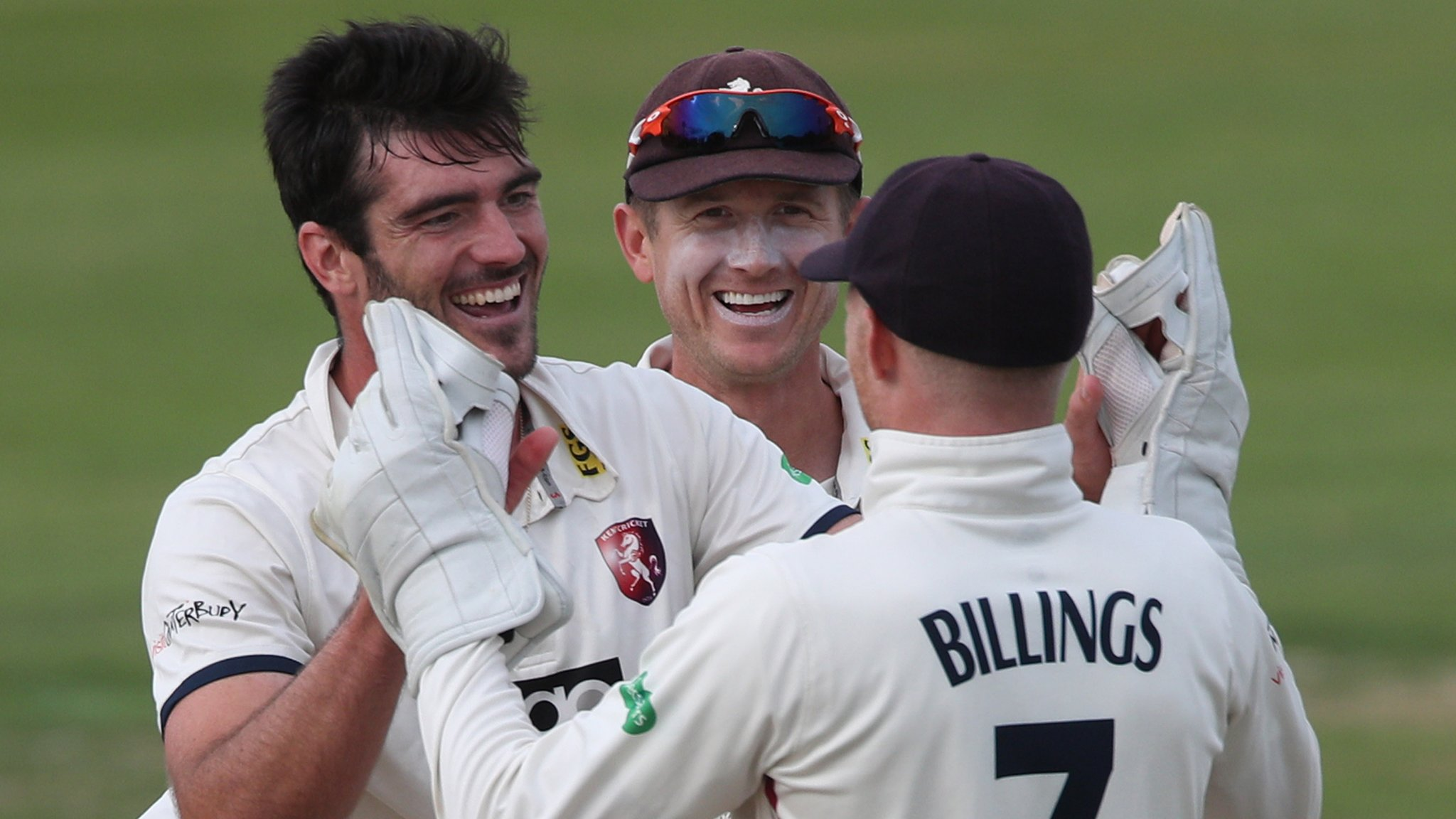 Kent promoted to Division One after thrashing Glamorgan