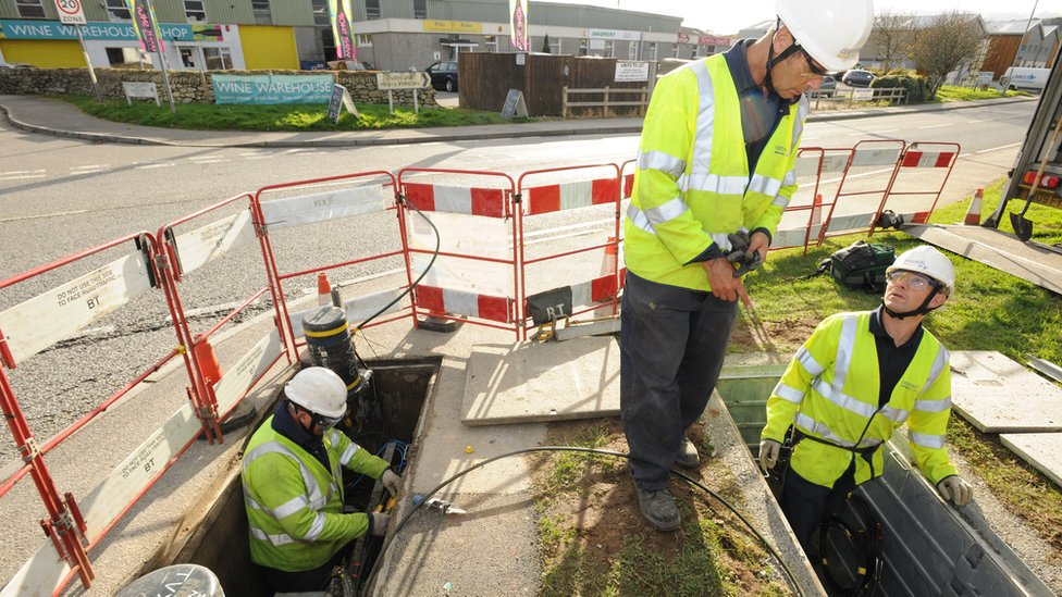 Business rate rise to push up cost of broadband, BT says
