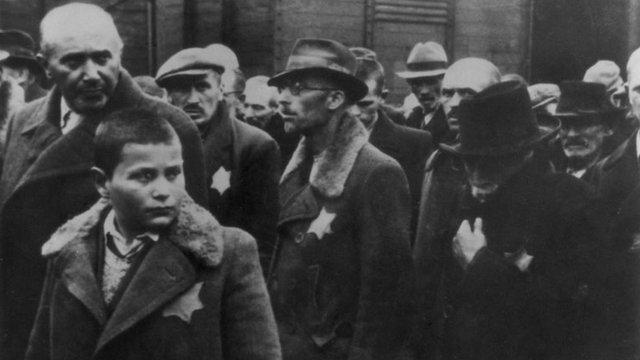 Prisioneros enviados al campo de Auschwitz